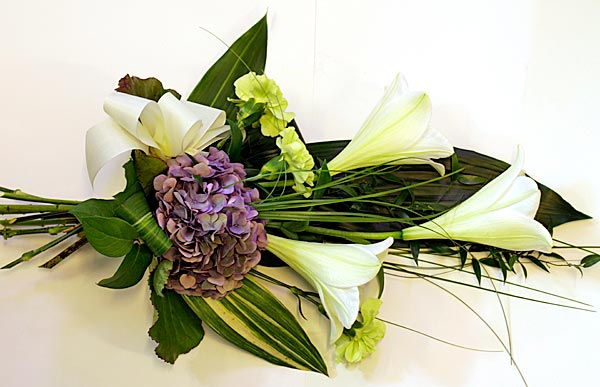 Kukkanen - Meiltä surukimput ja hautajaiskukat