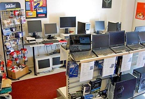 Meiltä käytetyt tietokoneet ja huolto